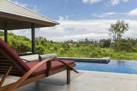 KOH SAMUI VILLA FOR SALE  IN QUIET AND SCENIC SURROUNDINGS S1162