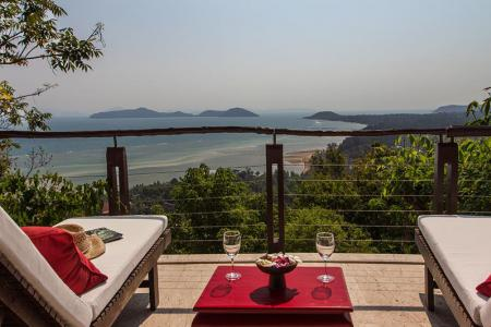 KOH SAMUI VILLA FOR SALE WITH SPECTACULAR VIEWS & NATURAL SURROUNDINGS  S901