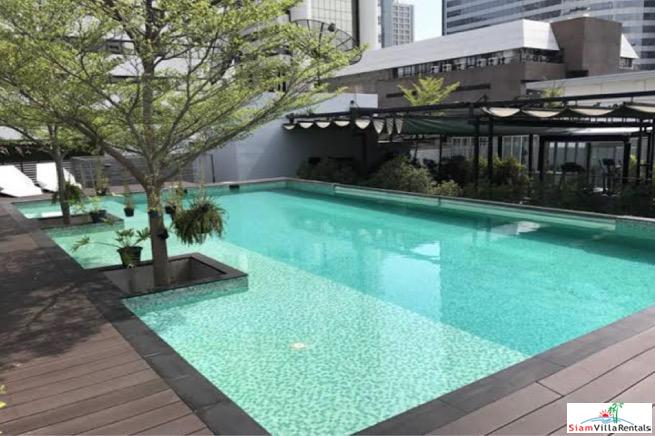 Quad Silom | Large Classy One Bedroom Condo with Extras for Rent in Chong Nonsi