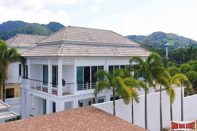 Amazing Three Bedroom Golf Course View Pool Villa in Kathu, Phuket