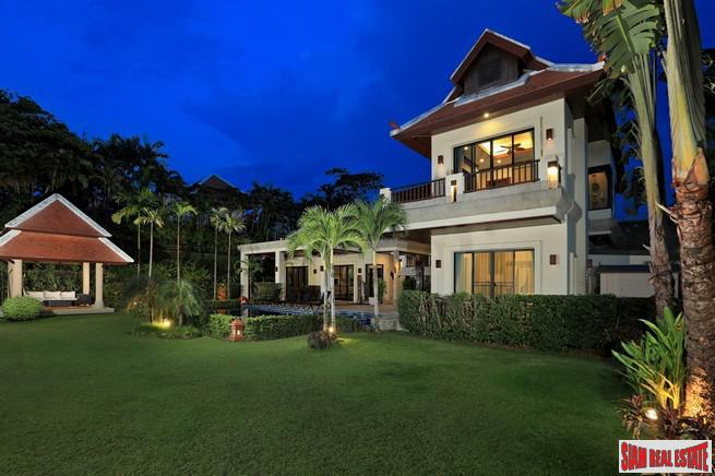 Exquisite Four Bedroom Tropical Pool 2