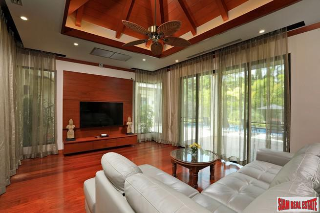 Exquisite Four Bedroom Tropical Pool 7