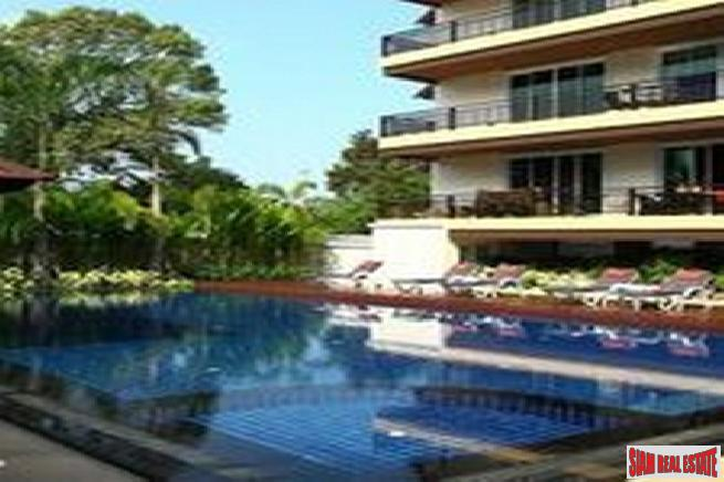 2 bedroom low rise condo at a convenience area near beach for sale -Jomtien