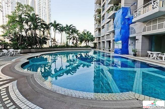 Very Spacious Two Bedroom Condo with Shuttle Service to Phloen Chit