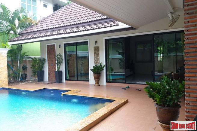 Large Two Bedroom Pool Villa in the Convenient Saiyuan Area of Rawai