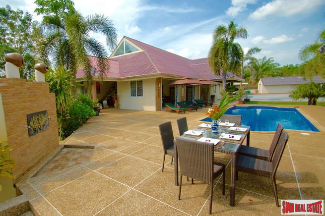 Six Bedroom Pool Villa for 6