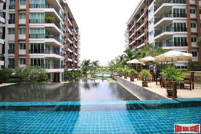 Large 3 bedroom condo in a very convenience area for sale - Thappraya road