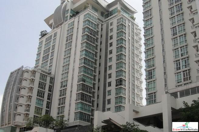 Large Two Bedroom Condo for Rent Only a One Minute Walk to BTS Ekkamai