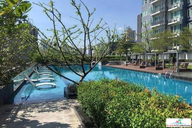 Comfortable and Relaxing One Bedroom Condo Elegantly Decorated in Thong Lo