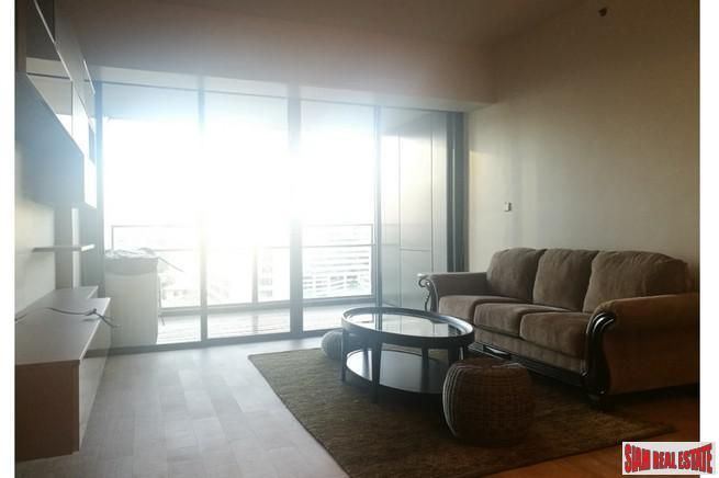 Two Bedroom Corner Condo with 9