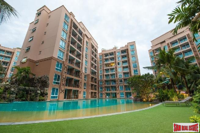 Beautiful 2 bedrooms condo near beach for sale at Jomtien road - Jomtien