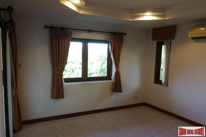 Three Bedroom House with Panoramic 13