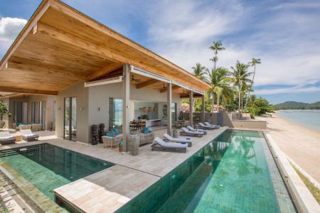 STUNNING BEACHFRONT KOH SAMUI VILLA FOR SALE AT LAEM SOR