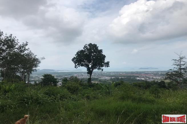 Large Hillside Land Plot with Sea Views of the Andaman East Coast in Koh Kaew