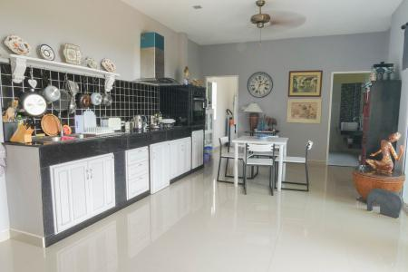 Koh Lanta Apartment with Pool 7