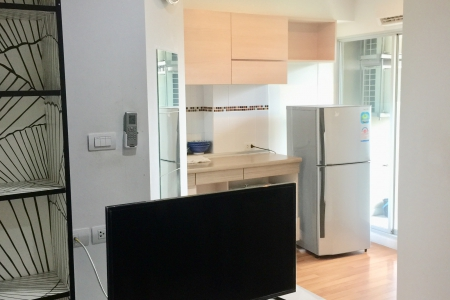 Big discount condo in town. Lumpini Place Rama4 Kluaynamthai Condo at a very cheap price !!  New room, like 1st hand, fully furnished and electrical appliances  Ready to move in.