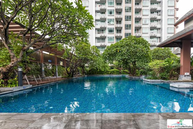 Show Quality Luxury Two Bedroom Condo in Phetchaburi with Unblocked City Views