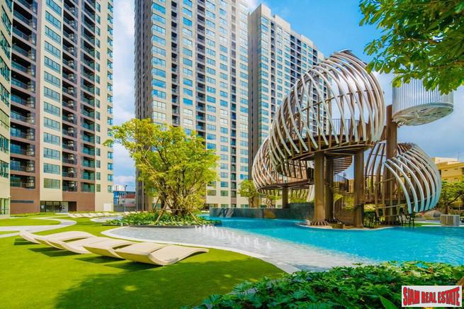 New High-Rise Condo in Construction by Leading Thai Developer with Extensive Facilities and Green Area at Udomsuk, Bangna - Studio Units