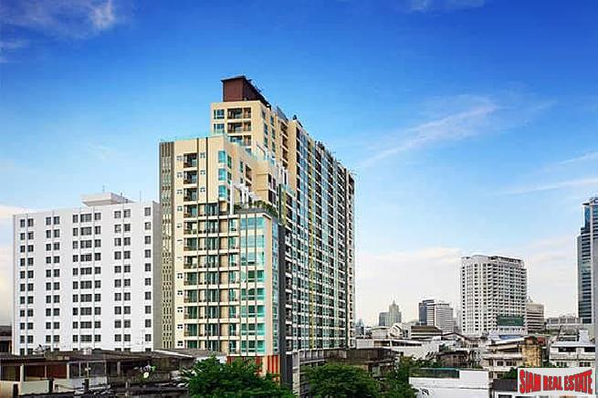 Modern 1 Bed Condo in High-Rise Condo at Sam Yan, Bang Rak