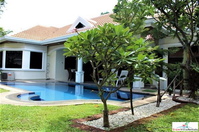 For rent-Pool villa 5 bedrooms near Jomtien beach