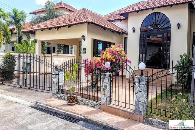 Single house 3 bedrooms with private pool for rent in East Pattaya