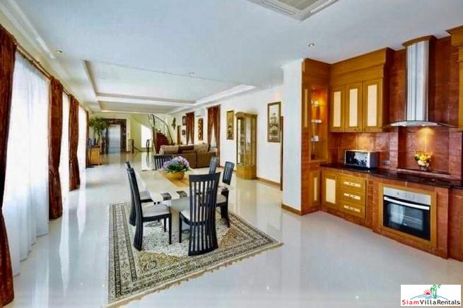 For Rent, Luxurious 930 sq.m. 9