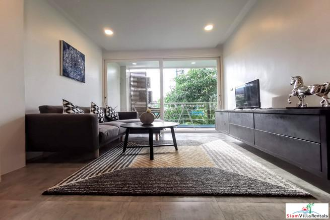 New Contemporary Two Bedroom Condo 18
