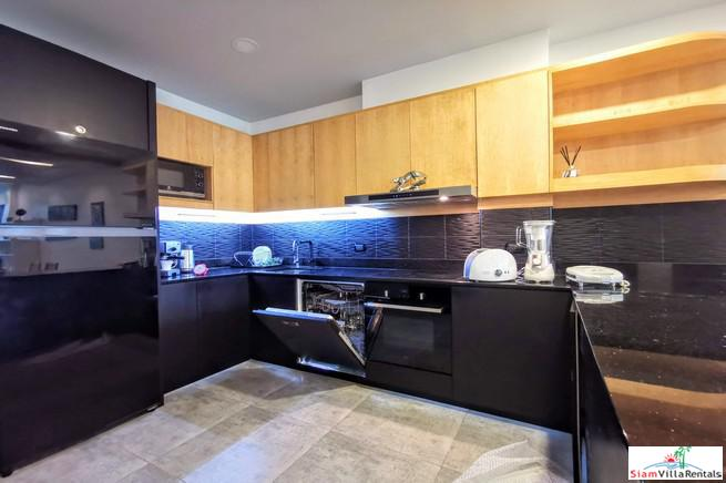 New Contemporary Two Bedroom Condo 23
