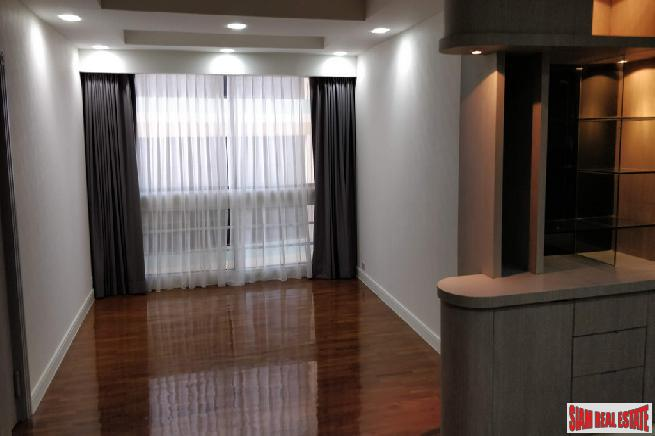 3 Bed Renovated Condo for 10