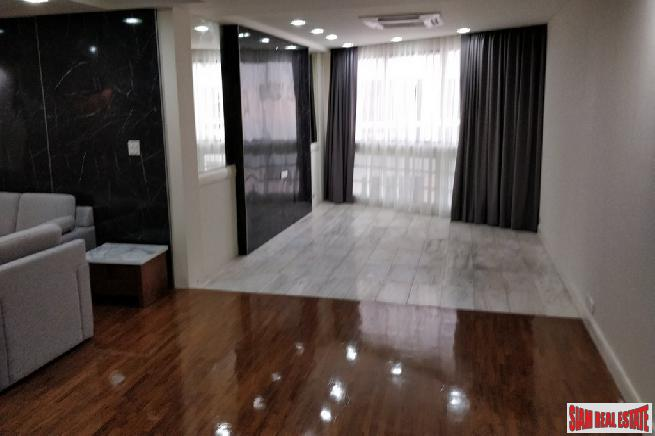 3 Bed Renovated Condo for 3
