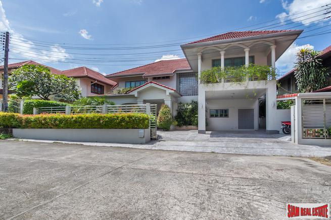 Luxury Two Storey Three Bedroom House for Sale in Excellent Phuket Town Location