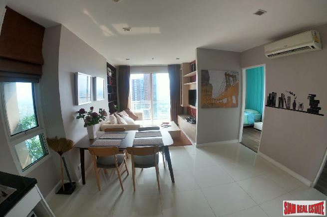 Classy 2 Bed Condo for Sale on 21st Exclusive Floor with City, Canal and River Views at Sukhumvit 71, Phra Khanong