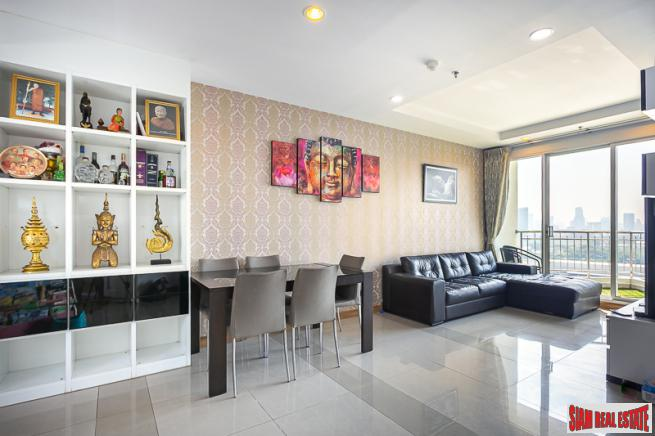 Large 2 Bed Condo on 15th floor with Balcony at Supalai Wellington, Huai Khwang