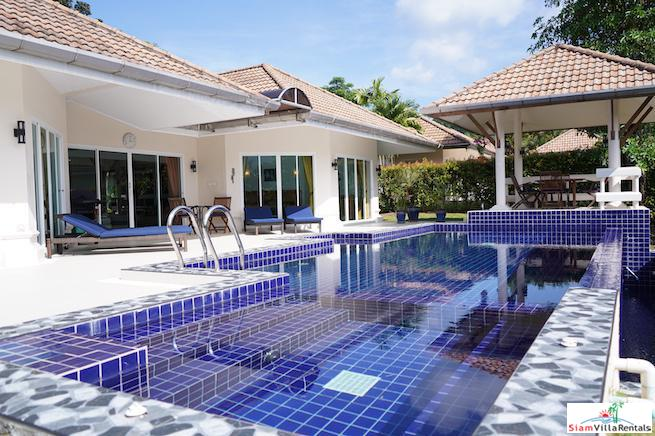 Exceptional Three Bedroom Pool Villa for Rent in a Exclusive Loch Palm Estate