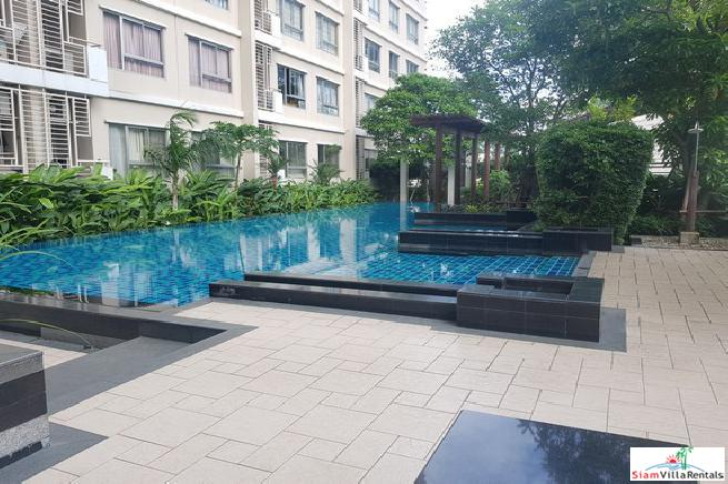 One Condo Sukhumvit 26 | Large One Bedroom Condo for Sale on the Top Floor