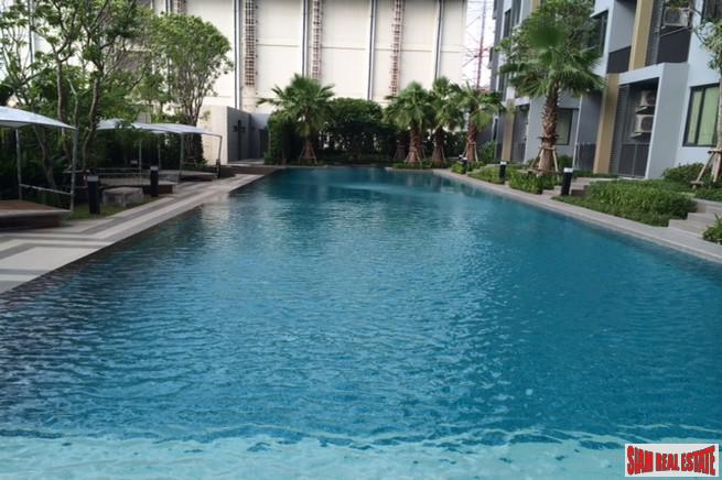Q House Sukhumvit 79 | Modern One Bedroom Condo on the 20th Floor in On Nut