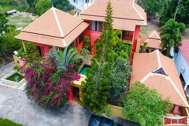 Exclusive Two Storey Thai-Balinese Pool Villa For Sale in Pattaya