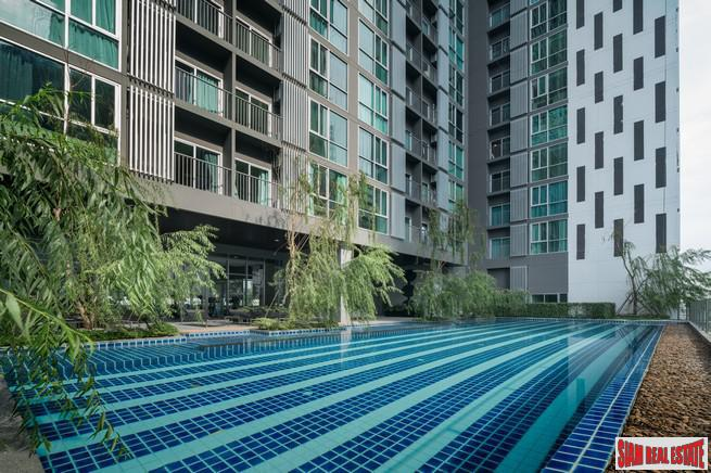 Newly Completed High-Rise Condo at Ratchada, MRT Thailand Cultural Centre - One Bed Units
