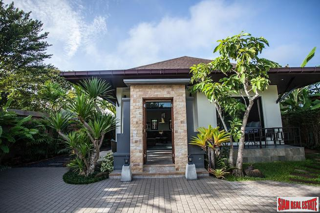 Contemporary Three Bedroom Villa with Large Tropical Fenced Yard in Ao Nang