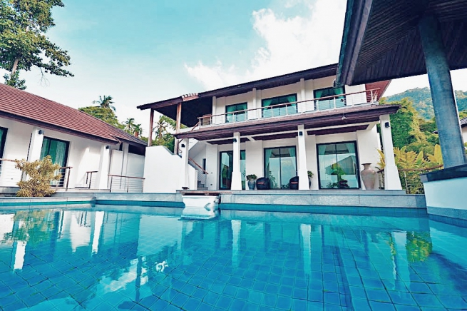 3 Bedroom Pool Villa with Sea View in Mae Nam, Koh Samui