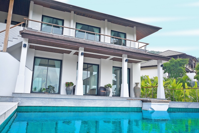3 Bedroom Pool Villa with Sea view, Next to Golf Course in Mae Nam, Koh Samui