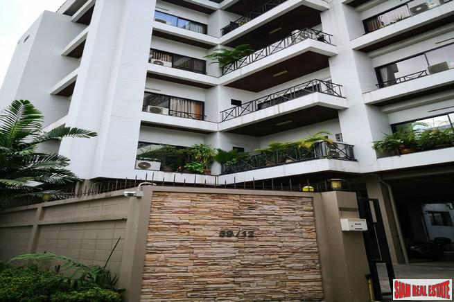 Baan Piyabutr - Large Three Bedrooms Condo for Rent with Extra Balconies and City Views