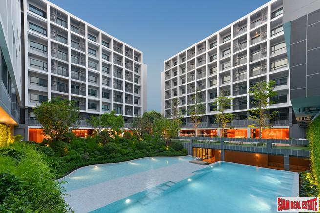 Newly Completed 5* Resort Branded Low-Rise Condo Residence by the Beach at Hua Hin - Promotion Free Transfer and Discount!
