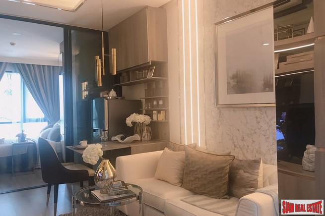 New High-Rise Smart Condo in 6