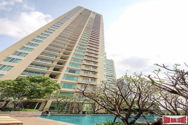 The Empire Place - Two Bedroom Condo for Rent near Sukhumvit 101 with Unblocked City Views