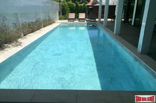 New Contemporary Four Bedroom Pool 22