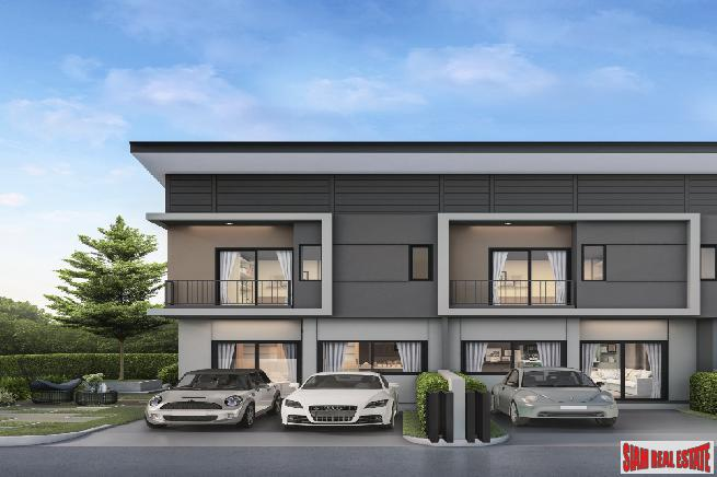 New Development of Modern Town Houses in Secure Estate with Excellent Facilities, close to Mega Bangna, Bang Phli