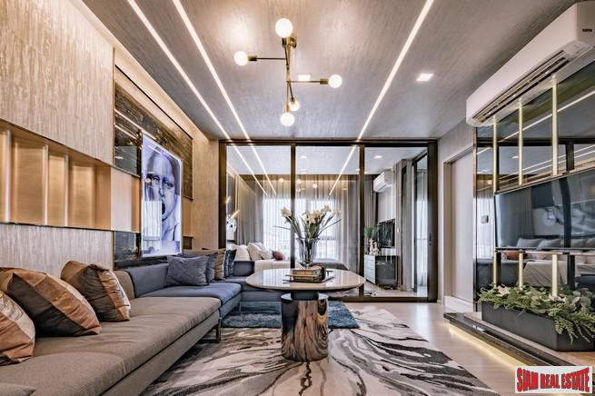 Life Sukhumvit 62 | Luxury 1 Bed 35sqm Smart Condo for Sale at Sukhumvit 62 - Ready to Move In - 200 Metres to BTS Bang Chak - 20% Discount!