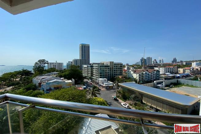 Baan Haat U Tong | Luxurious & Large Three Bedroom Condo in Pattaya City with Direct Sea Views