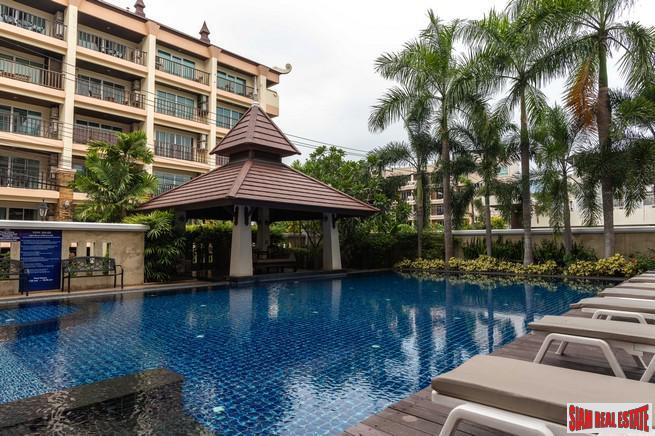 Jomtien Beach Penthouses | Deluxe One Bedroom Condo for sale - 80 meters to the Beach